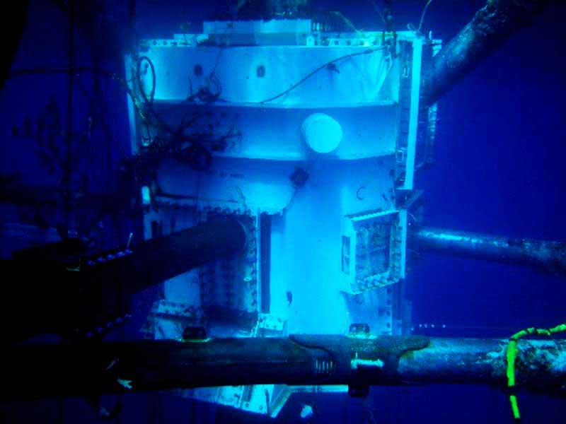 442fa 01 large habitat under water dry hyperbaric welding about underwater welding Manufacturing Engineering Underwater Welding
