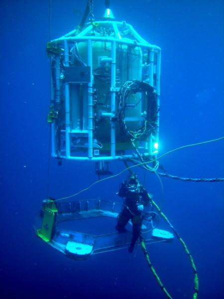 79fbe 01 small habitat under water welding dry hyperbaric welding process about underwater welding Manufacturing Engineering Underwater Welding