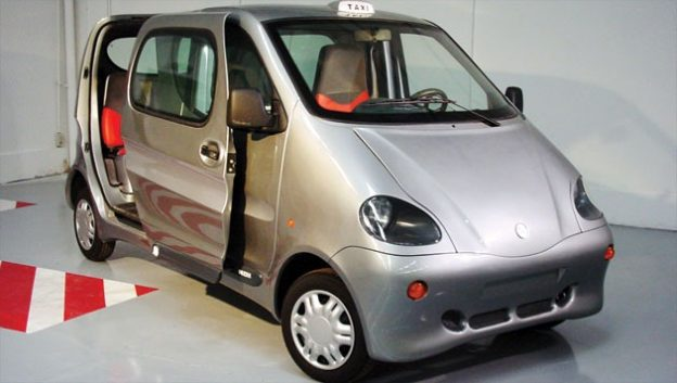 ab07e 01 air car zero emissions first air powered car Air-Car Automobile Engineering